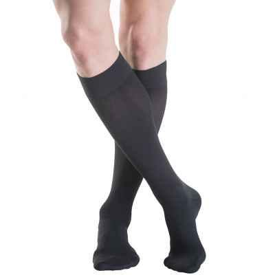 Κάλτσες Sigvaris TFS 702 σε μαύρο χρώμα με κλειστά δάκτυλα