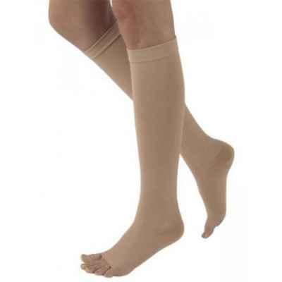 Οι κάλτσες Sigvaris 503 AD κάτω γόνατος έχουν άψογη εφαρμογή