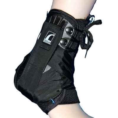 Ο νάρθηκας ποδοκνημικής Form Fit® είναι ιδανικός για χρήση κατά την προπόνηση ή την επανένταξη σε αθλήματα μετά από τραυματισμό