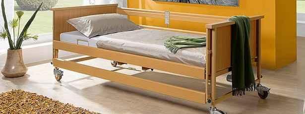 Νοσοκομειακά κρεβάτια νοσηλείας ηλεκτρικά-χειροκίνητα. Τιμές από 195 €.